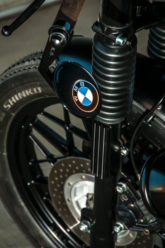 YSS Stoßdämpfer des Vorderrads - Umbau BMW R100 RT Motorad