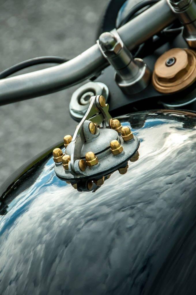 einzigartige Details vom klassischem Bike - Umbau BMW R100 RS Starrahmen
